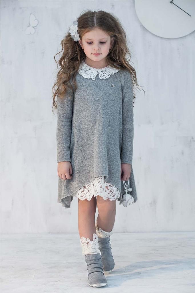 Bardzo eleganckie i oryginalne sukienki komunije dla dziewczynki