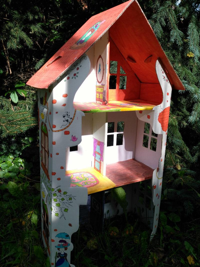 papierowy domek do kolorowania