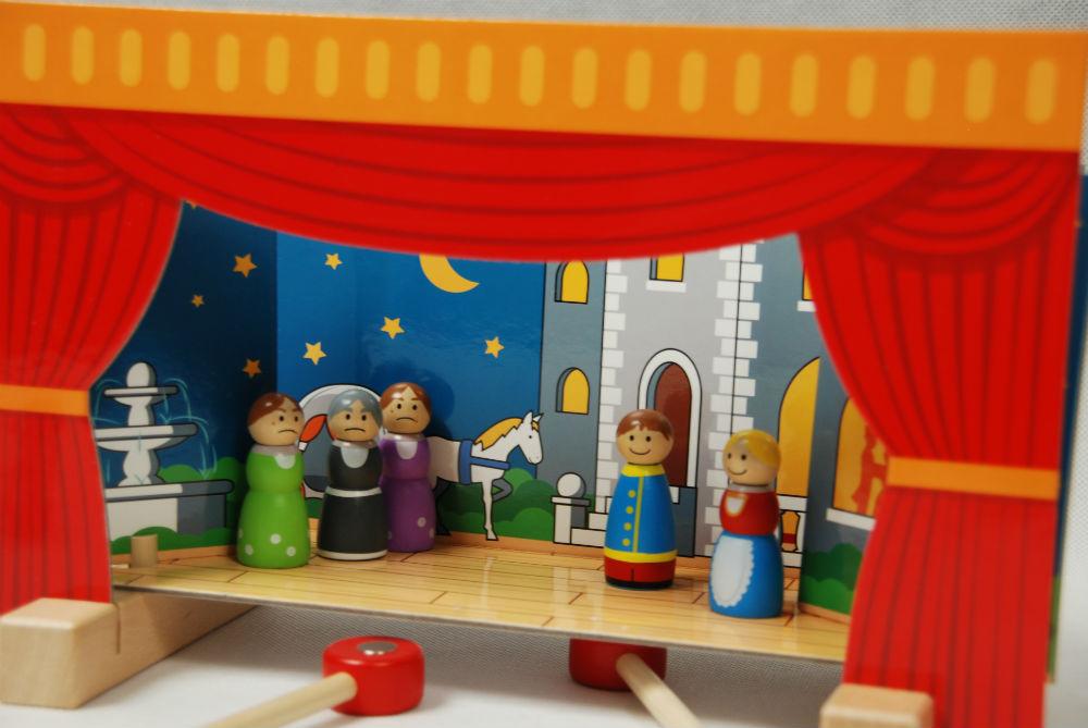 teatr magnetyczny skladany niewielki dla dzieci